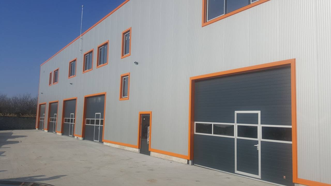Warehouse for soft drinks and food packaging
