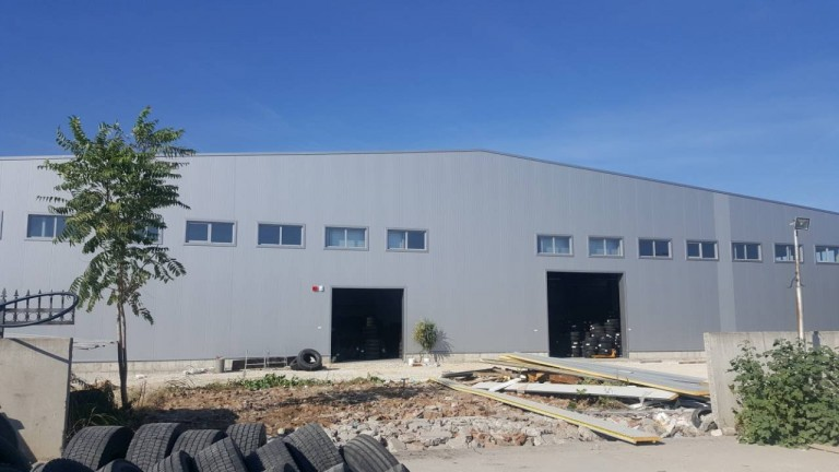 Warehouse for tires Medina-Med